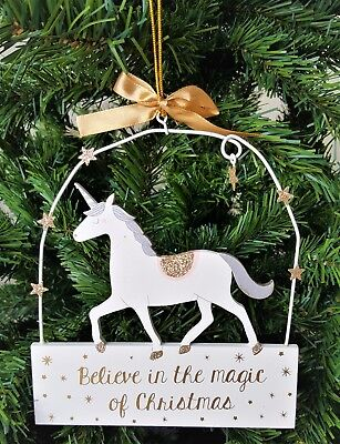 Shabby Chic Unicorn Believe In The Magic Of Christmas Sign Plaque qa