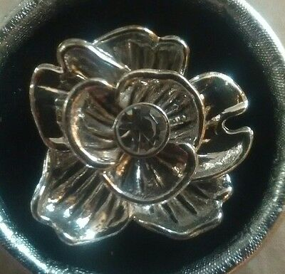 Vintage Silver Tone Black Metal Rose Flower Stretch Ring Rhinestone NWOT