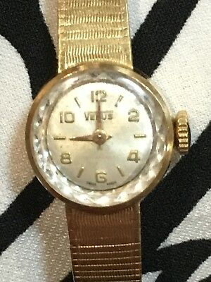 UNIQUE ANTIQUE 18ct GOLD VENUS Hand-winding Watch - Early 1900's