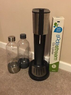 SodaStream used soda stream + 2 bottles & spare co2 gas canister great condition