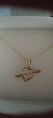 9ct 375 YELLOW GOLD HEART AND ARROW PENDANT & CHAIN 1.65g