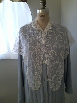 Delicate and rare white Victorian lace shawl with collar.  Lovely condition.