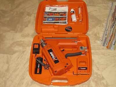 Paslode 30 Deg.  Framing Nailer #900420  +Almost Mint Condition+