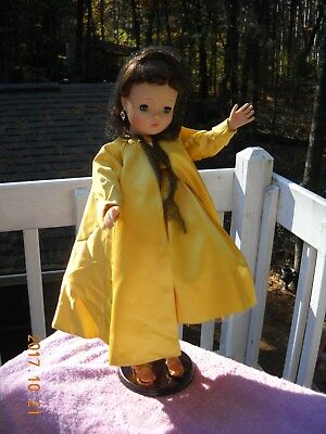 vintage Madame Alexander doll  high color Cissy 18 inches