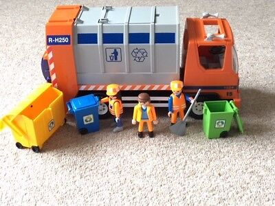 Playmobil Recycling Truck: 4418 Complete rubbish lorry, figures and accessories.