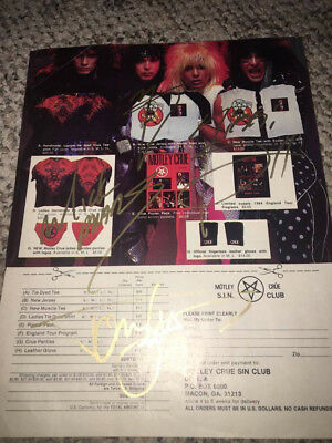 ** Hit Parader Motley Crue Signed Page -- Signed in Gold **