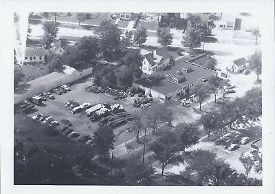 1950s PHOTO BEDFORD OH MITCHELL TIRES & SERVICE STATION BIRDS EYE VIEW