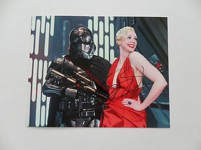 Gwendoline Christie - The Force Signed 8x10 Photo Autograph Auto