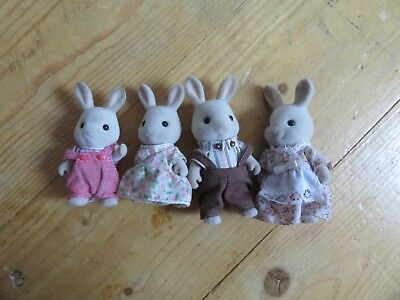 Sylvanian Families, Milk Rabbit Family