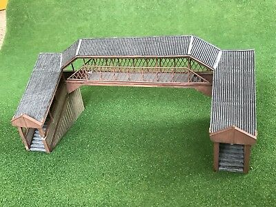 Bachmann  Scenecraft 44-020 Covered Metal Footbridge