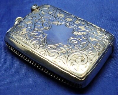 SOLID SILVER NICELY ENGRAVED VESTA CASE  BY CONSTANTINE & FLOYD B'HAM 1913 ~ 28g