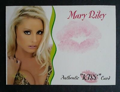 Mary Riley 2003 Benchwarmer Authentic Kiss Card