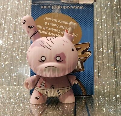 "kidrobot 3"" Dunny 2011 Series -  USA Case Exclusive Rare Huck Gee Zombie"