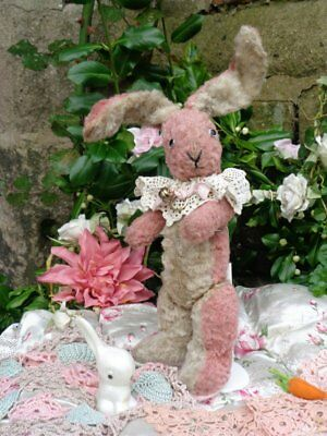 ANTIQUE CHAD VALLEY PINK BUNNY RABBIT WITH 0RIGINAL1930s LABEL