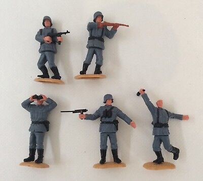 Vintage Timpo Toys German WWII soldiers - 5 - bits missing