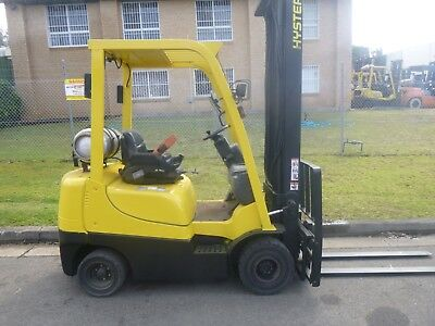 Refurbished Hyster Gas Forklift - 2.0 Tonne, lifts to 5.0 Metres. Just Serviced