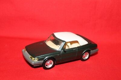 Saab 900 Cabriolet + Road Champs 1:43 +