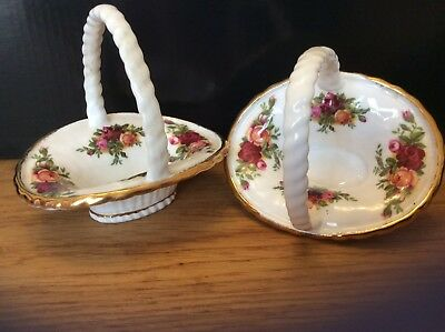 Royal Albert Old Country Roses Pair of Miniature Flower Baskets