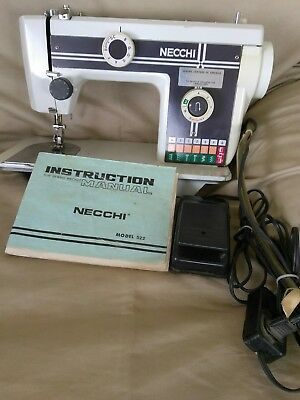 *VINTAGE*  Necchi 522 Sewing Machine With Foot Pedal/ Original Manual!