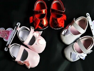 Baby Girl  Pram Shoes With Bow & Flower