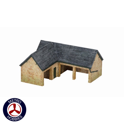 Hornby OO The Country Farm Outhouse HOR-R9849 Brand New