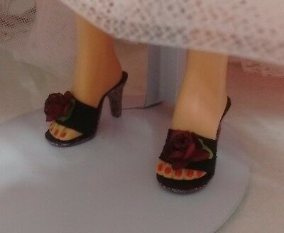 Vtg 1950's Madame Alexander Cissy  doll shoes with roses