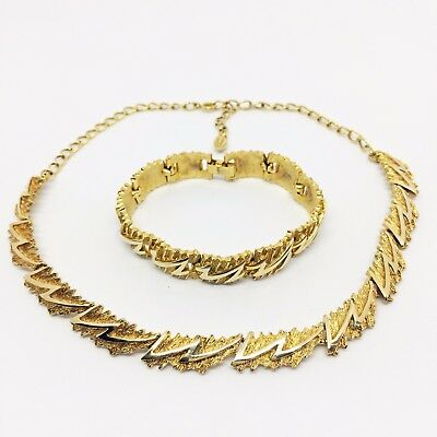 1970's Gold Tone  Abstract Zig Zag Necklace and Bracelet Set