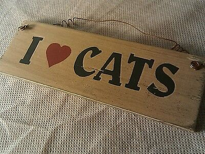 """""""I Love Cats"""" Small  (Lightweight) Wood Plaque"""