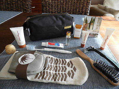 SAUDIA AIRLINES First Class FERRAGAMO Amenity Kit Trousse Neceser Kulturbeutel