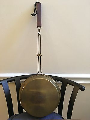 ViINTAGE ANTIQUE BRASS INDUSTRIES INC. TEMPLET FIREPLACE TOOL BED WARMER  VGC***