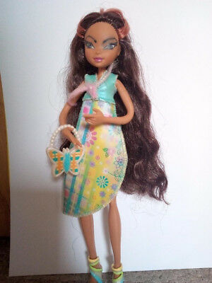 Winx Club Layla Mattel Puppe + Fashion Pack