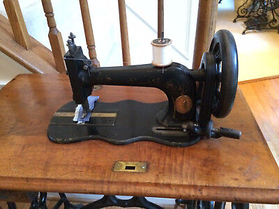 Antique 1874 Singer 12 New Family Treadle Sewing Machine ~SEE VIDEO~SEWS GREAT!
