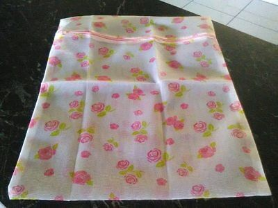 Flower Patterned Delicate's Wash / Hosiery Bag ...... BRAND NEW WITH TAGS