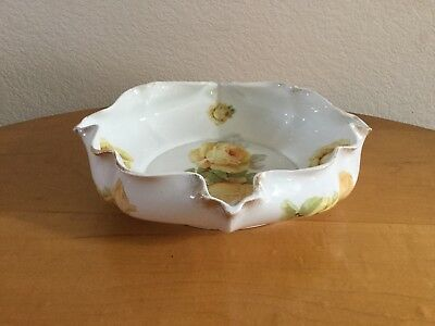 Silesia Ruffled/ Scalloped Bowl highlights Yellow Roses with a Luster Glaze