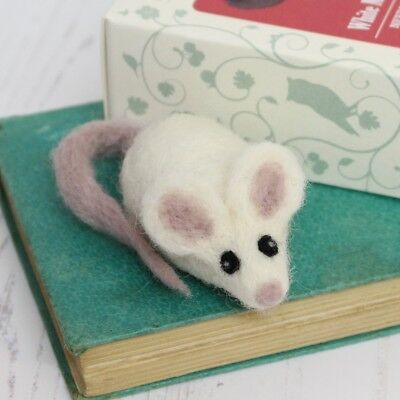 Needle Felting Kit - Make Your Own Mini White Mouse Brooch - British Wool Craft