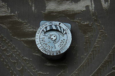 Leica Meter 2 Chrome Shoe - Mounted Light Meter Made In Germany