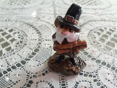 Wee Forest Folk THANKSGIVING M-198 Pilgrim's Welcome  MINT/Retired/Box