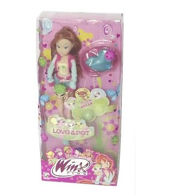 Winx Club Bloom and Bell Doll Love & Pet Toy Clothes Bed Accessories Girl NIB