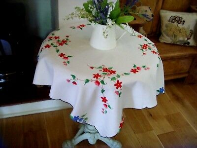 Vintage Hand Embroidered Linen Tablecloth Climbing Flowers Garland Beautiful