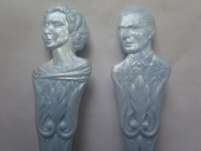 PRINCESS ELIZABETH ROYAL WEDDING to PRINCE PHILIP PAIR of PLASTIC SPOONS RARE
