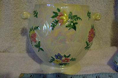 Maling Vintage biscuit barrel. It has no lid but still very useful as a vase etc