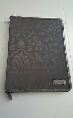 Thirty-One Rare Large Full size Zip Notebook