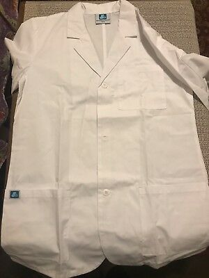 Adar Medical White Lab Coat GREAT quality and three pockets