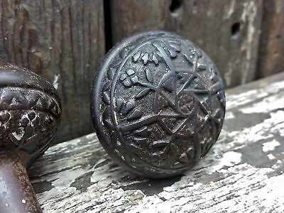 ONE Vtg Old Antique Rustic Fancy Cast Iron Ornate EASTLAKE Door Knob
