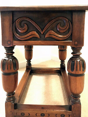Antique Kittinger end table wood tavern table excellent condition, Reduced Price