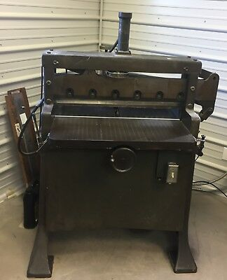 Working Challenge Champion Style 305 Paper Cutter No C18911 Hydraulic - Electric