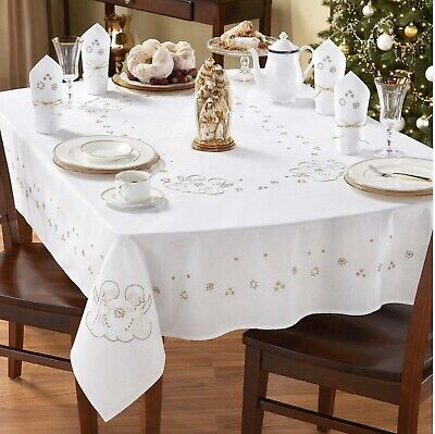 """Craftways Two Angels Embroidery Christmas Tablecloth 60"""" Round 22-014"""