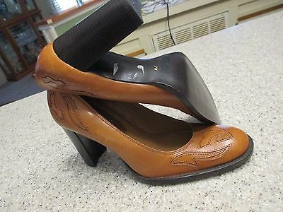 GIANNI FERMANI Womens Shoes Size 7 M BRITISH TAN INLAYED LEATHER PUMPS NWOT