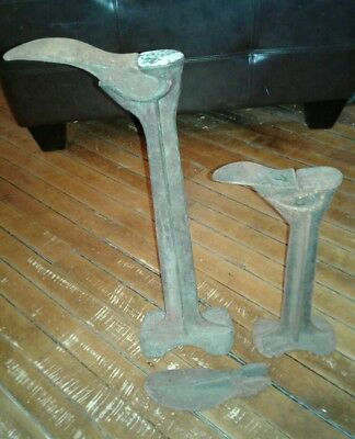 Ohio Cast Iron Shoe Anvil Stand Cobbler Shoemaker Tool with 3 Attachments Forms