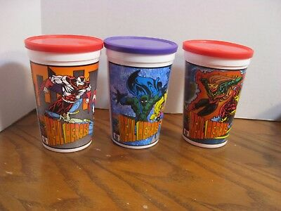 Pizza Hut - Super Heroes 1994- Set of 3 Plastic Cups w/ lids- Captain America